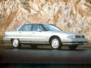 ../images/cars/Oldsmobile.92.98Regency.jpg